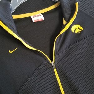 Nike Jackets & Coats - Nike fit dry Iowa Hawkeyes Pullover Jacket